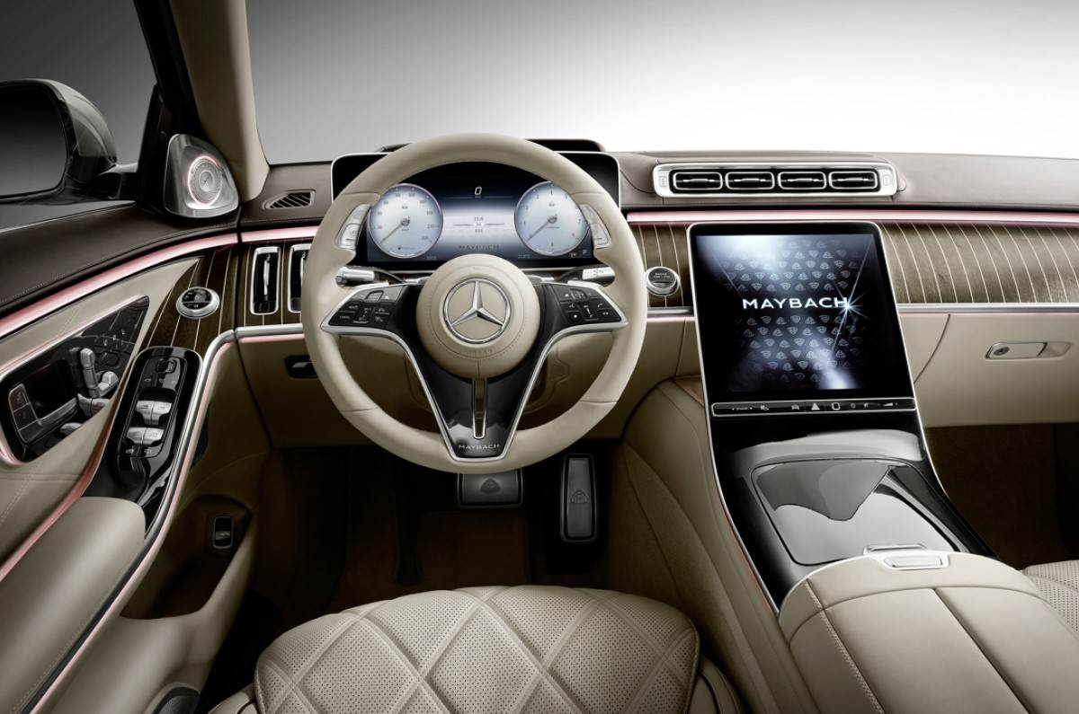 20201119025621 2021 Mercedes Maybach S class interior
