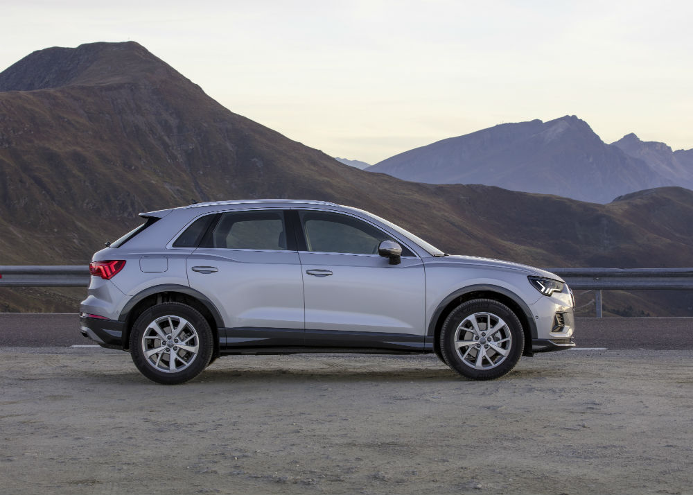 Audi Q3 2020 lateral