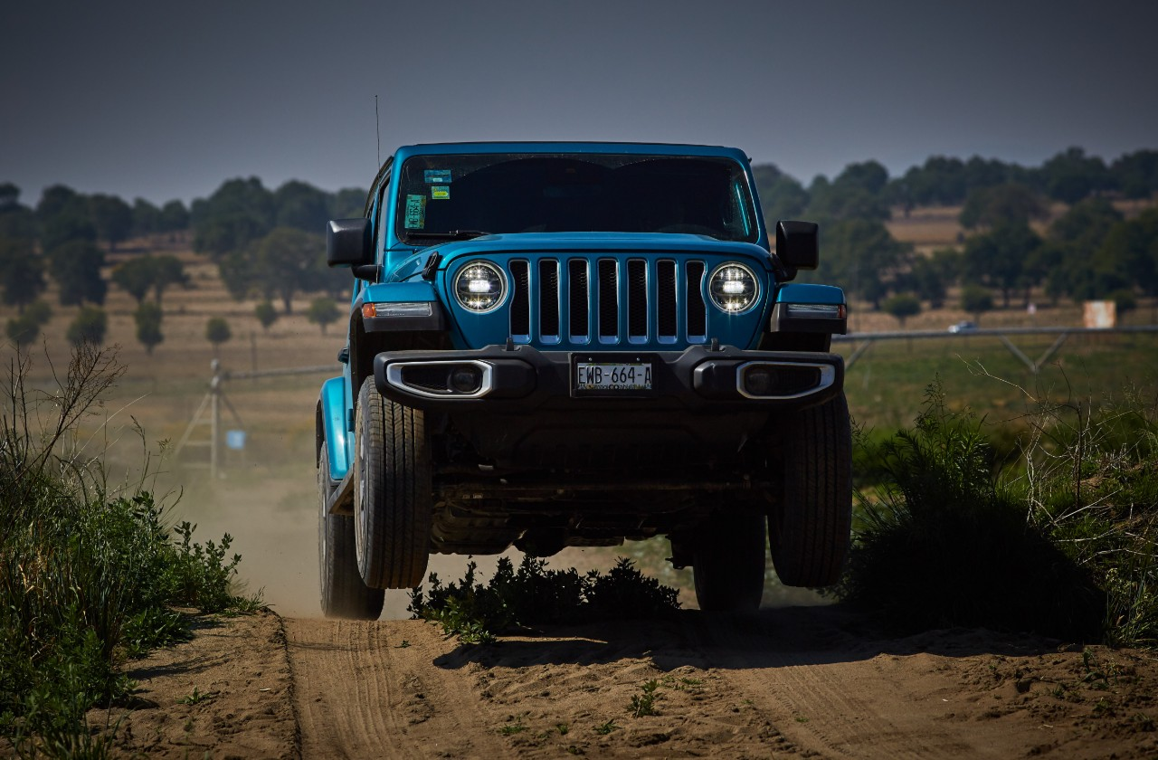 Jeep Wrangler Sky Freedom frontal