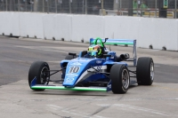 Notable debut de Pepe Sierra en el Road to Indy
